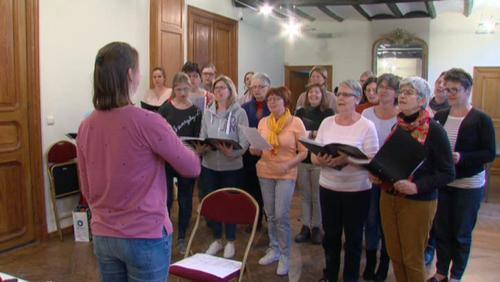 Chant choral en l'église de Bassilly