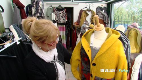 Lydiane: une commerçante heureuse