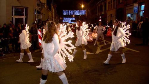 La magie de la parade de Noël de Péruwelz