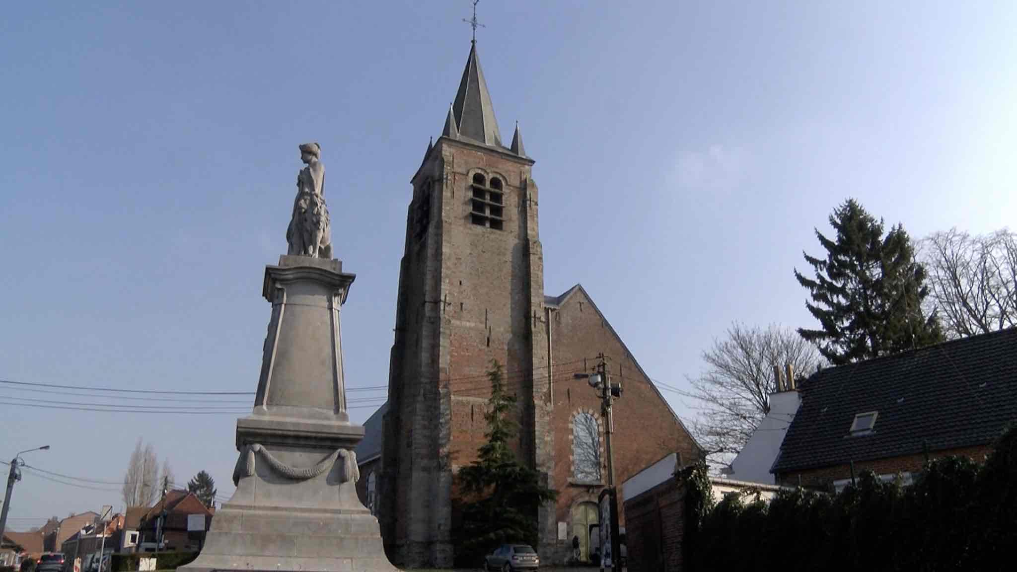 Le clocher de l'église de Blandain attendra