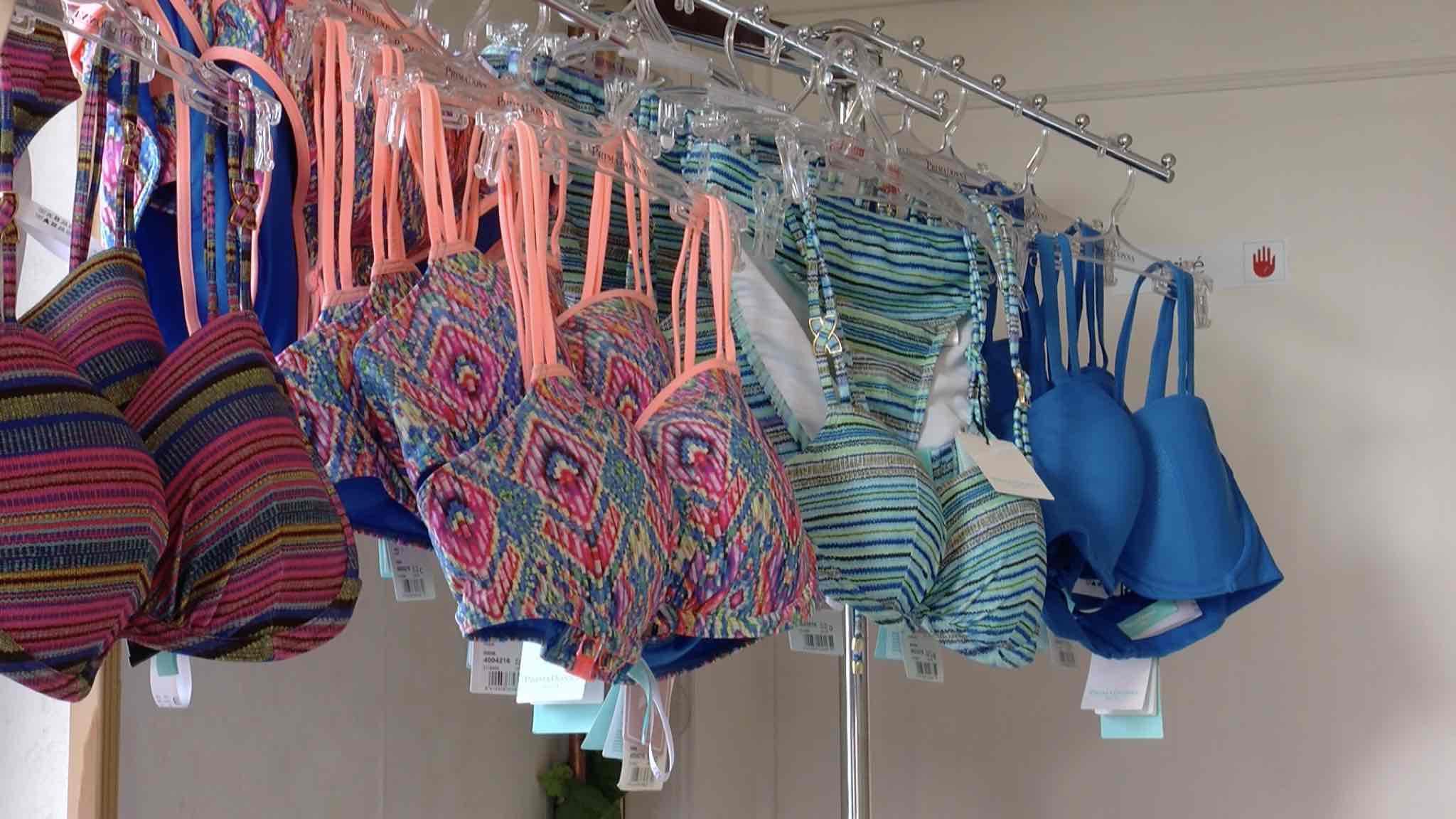 Angélique et sa boutique de lingerie