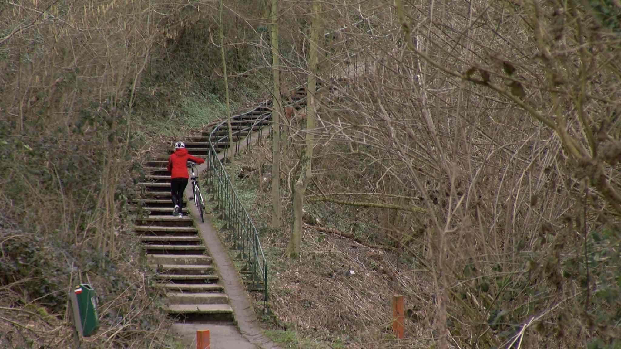 On va percer le pont du Beaufaux