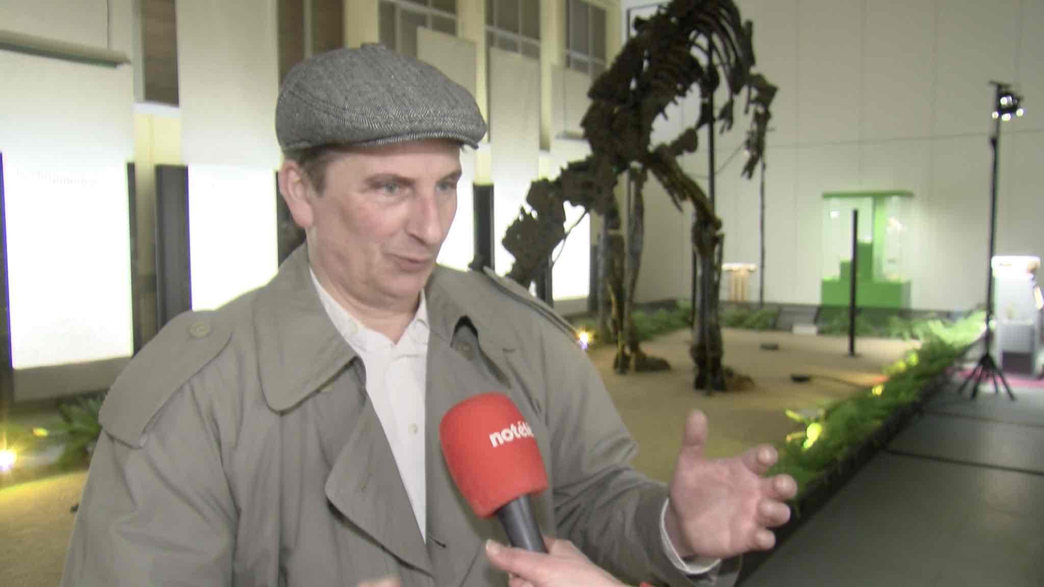 Spectacle des Passeurs de Rêves au musée de l'Iguanodon