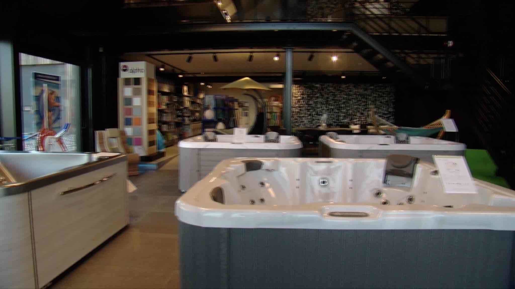 Un nouveau magasin pour Pool conception