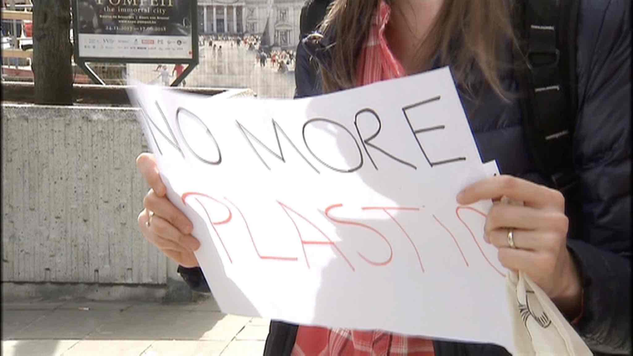"""Une """"Plastic attack"""" pour sensibiliser à la production de déchets"""