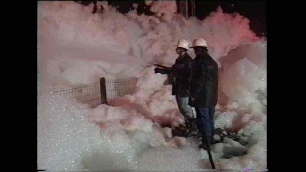 Il y a 25 ans, les écluses de Papignies ressemblaient ... à une baignoire géante !