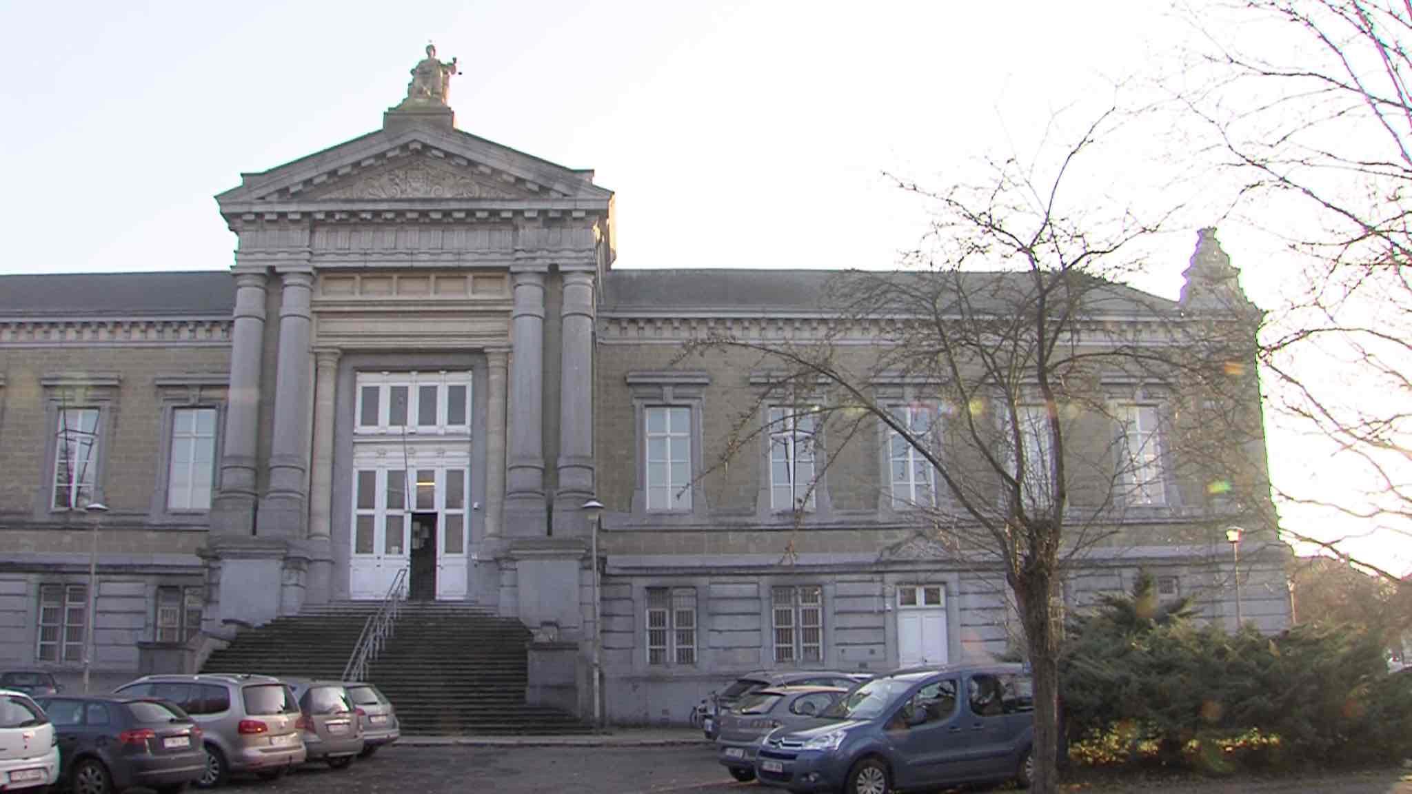 Anne Debouvrie, échevine à Celles est suspectée d'escroquerie