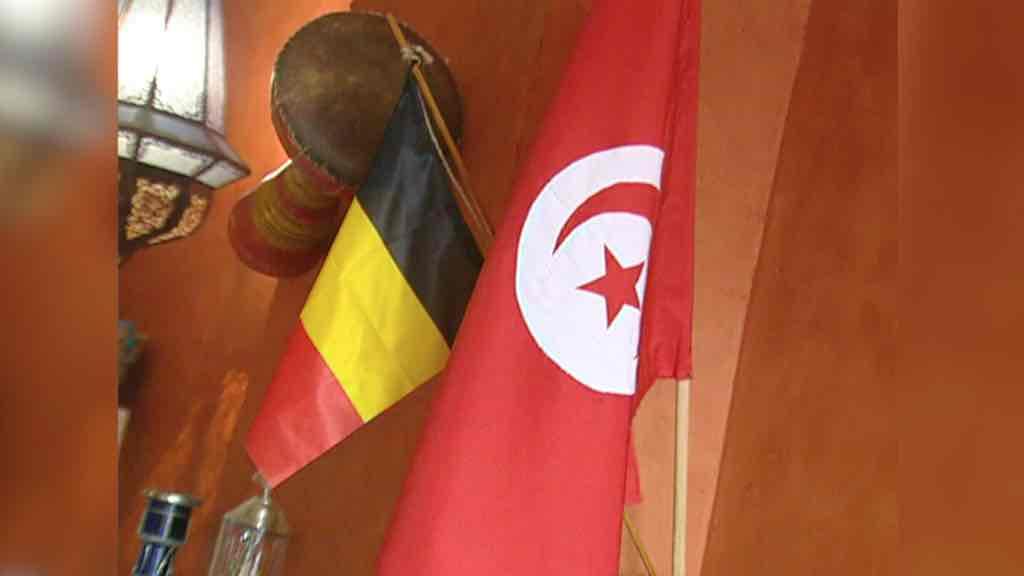 Belgique - Tunisie dans un resto tunisien de Tournai en 2002