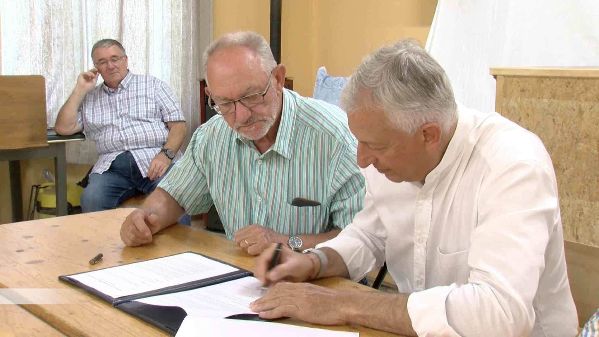Signature du partenariat entre la commune de Brugelette et Pairi Daiza