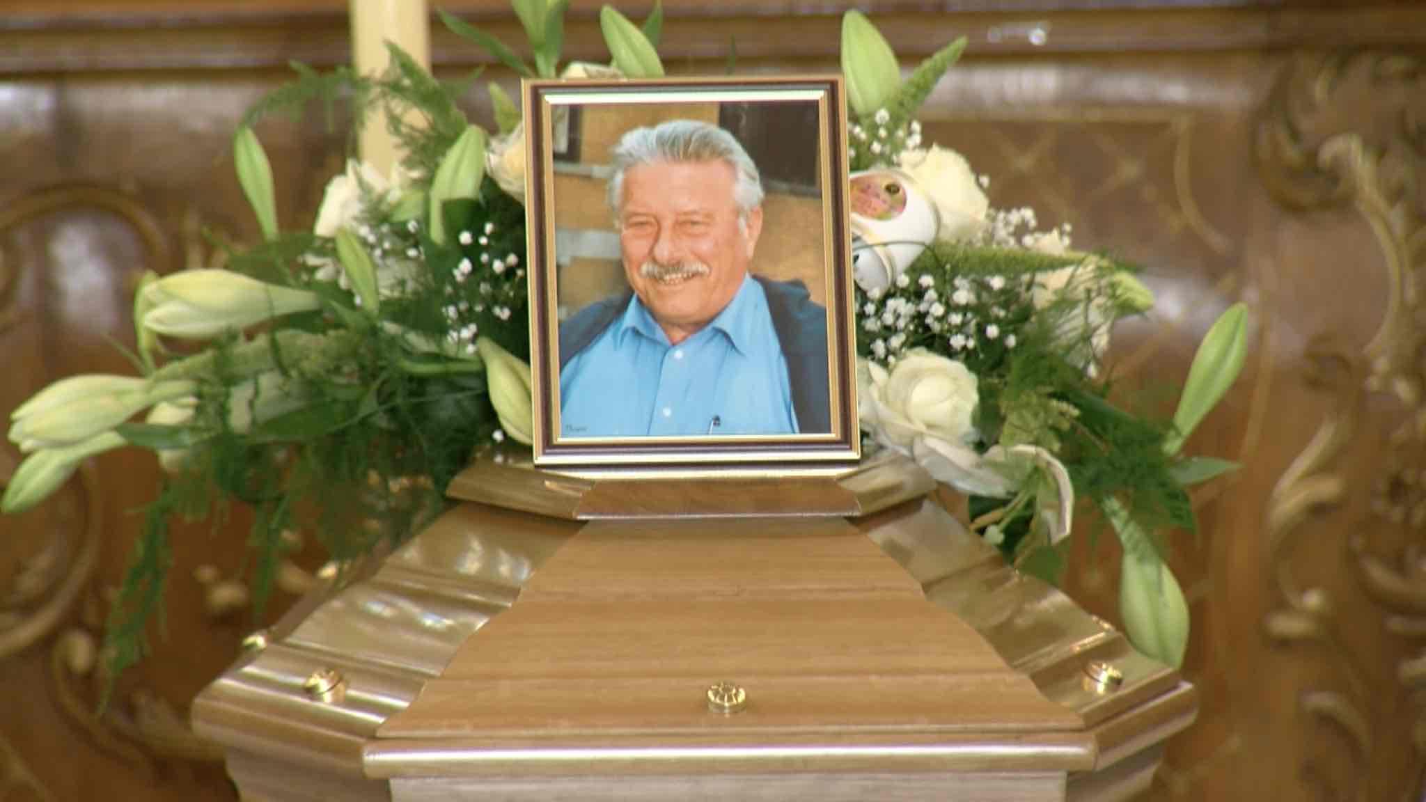 Funérailles de Claude Fortez en l'Eglise paroissiale de Brugelette