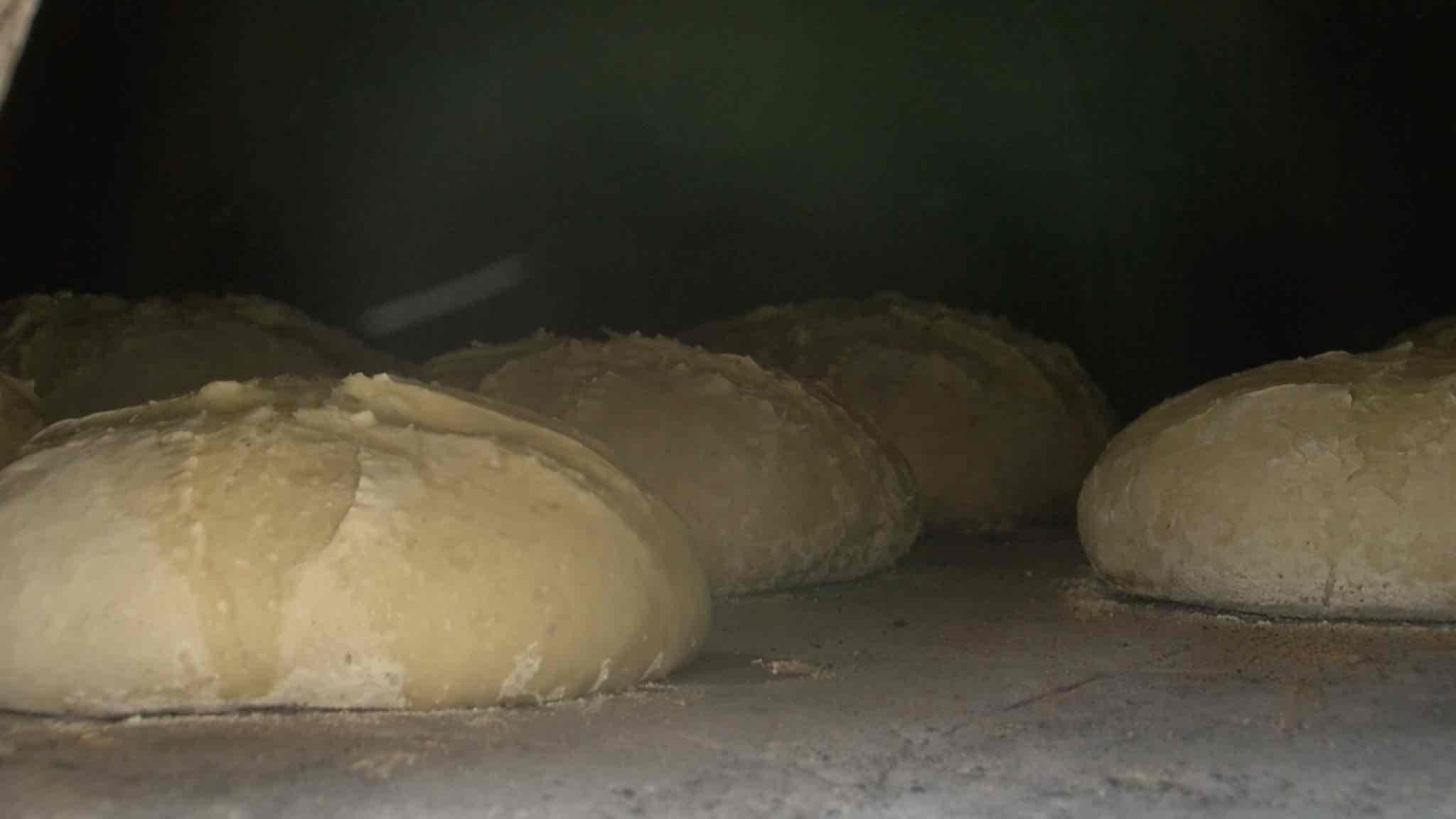 Saint-Aubert, donnez-nous notre pain