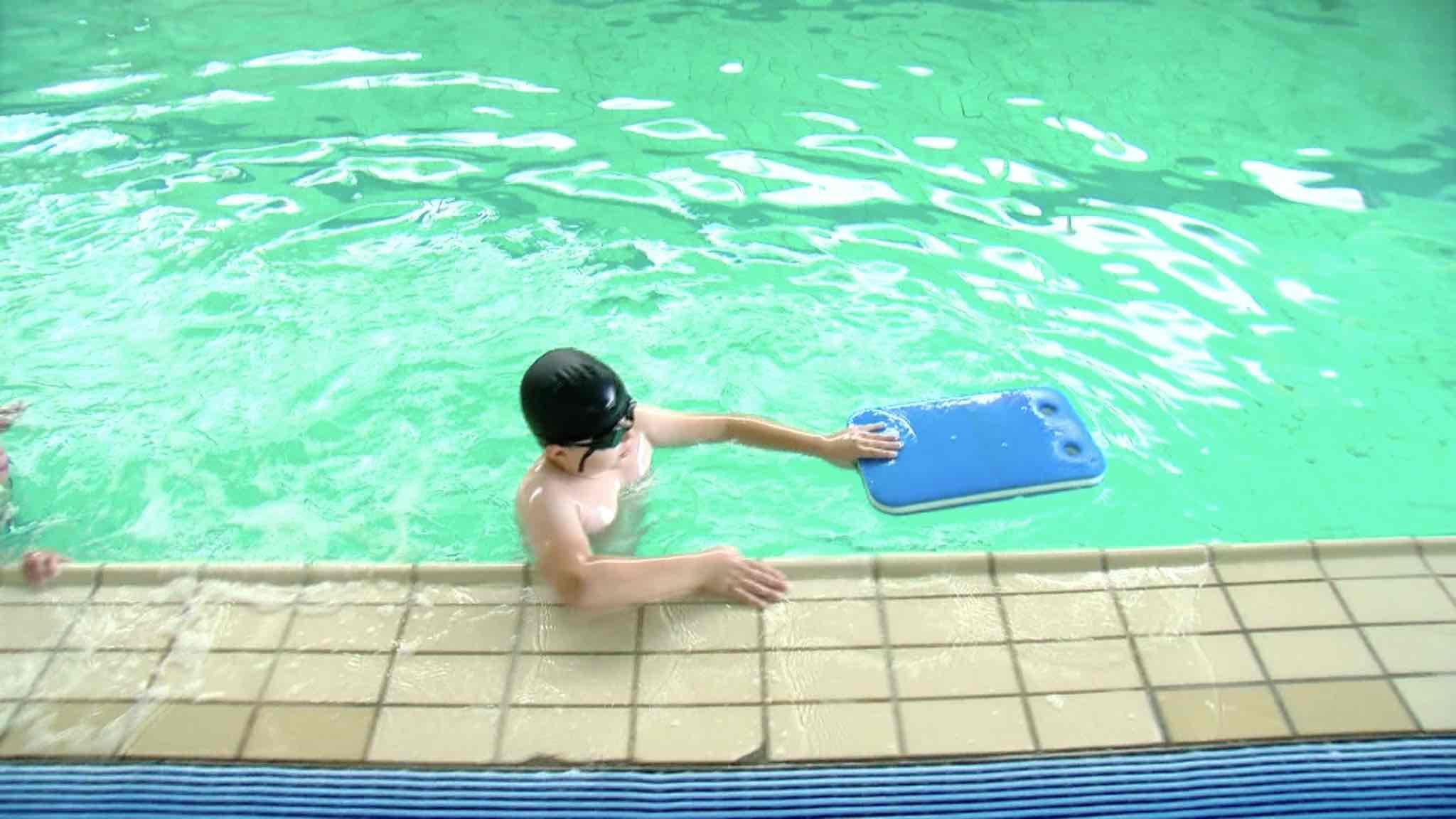 Les enfants de l'école des devoirs de Péruwelz se jettent à l'eau avant la rentrée