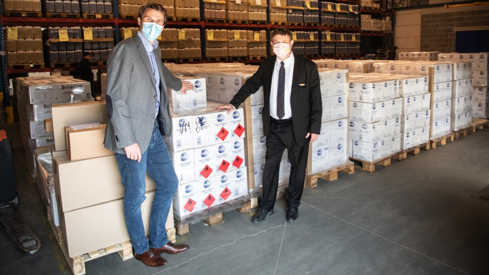 Tournai : un don de 1.200 flacons de gel hydroalcoolique